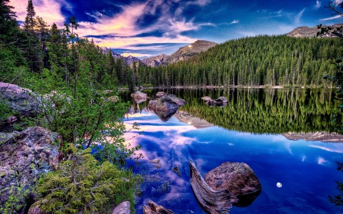 Sky-reflection-in-blue-lake.jpg