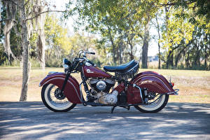 Retro_1946_Indian_Chief_Side_540102_300x200.jpg